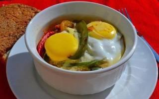 «Яичница с овощами в духовке»