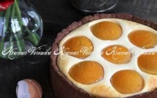 Пирог с творогом и консервированными персиками