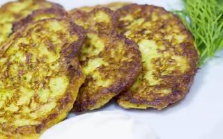 Ароматные оладушки из кабачков с сыром и чесноком.