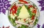 Салат овощной с сыром и ветчиной