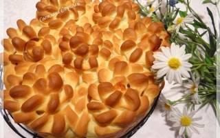 Пирогвенок с беконом, яйцами и сыром