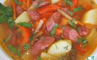 «Острый испанский суп с колбасками»