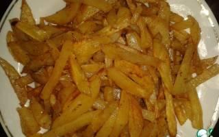 Вкусный картофель фри в духовке.